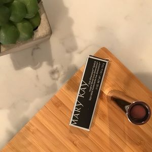 Mary Kay True Dimensions Lip Stick (Tuscan Rose)
